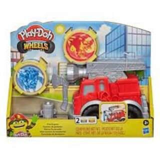 Play-Doh Çalışkan İtfaiye Arabası